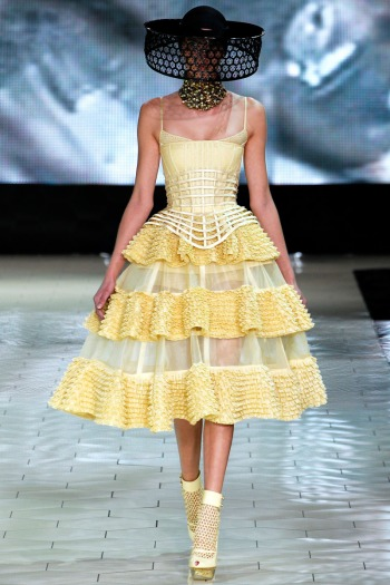 Alexander McQueen Spring 2013 Runway picture from vogue.com