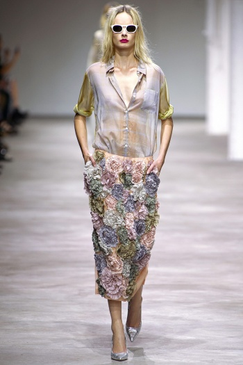 Dries van Noten Spring 2013 Runway picture from vogue.com