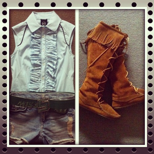Cowgirl union-MCQ shirt + 7 for all mankind denim shorts + Miss Sixty belt + Minnetonka boots
