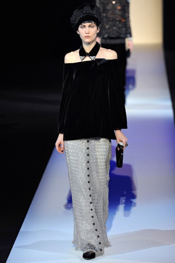 Giorgio Armani Fall 2013 Runway picture from vogue.com