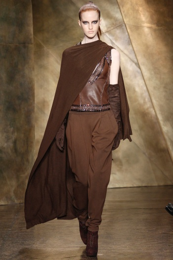 Donna Karan Fall 2013 Runway picture from vogue.com
