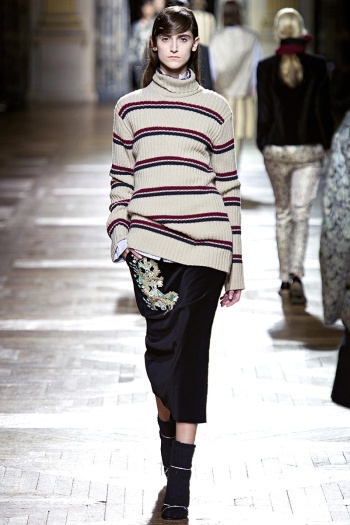 Dries Van Noten Fall 2013 Runway picture from vogue.com