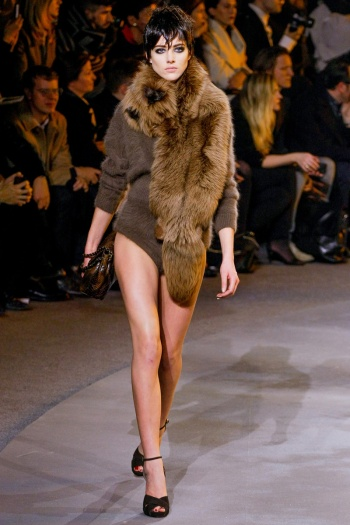 Marc Jacobs Fall 2013 Runway picture from vogue.com