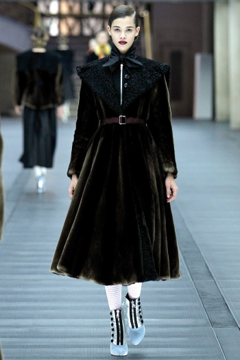 Miu Miu Fall 2013 Runway picture from vogue.com