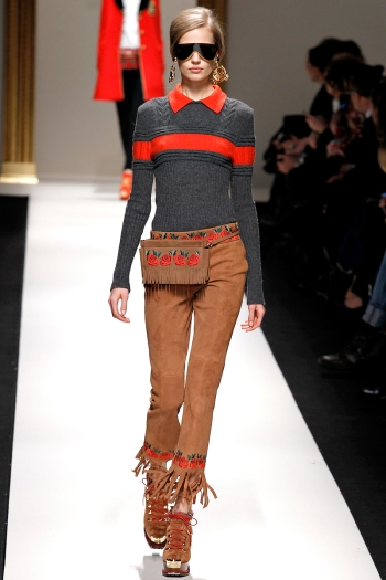 Moschino Fall 2013 Runway picture from vogue.com