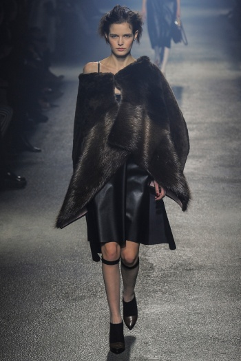 Sonia Rykiel Fall 2013 Runway picture from vogue.com