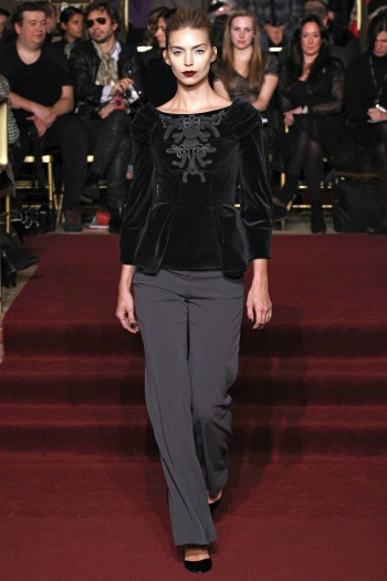 Zac Posen Fall 2013 Runway picture from vogue.com