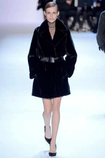 Akris 2013 Fall Runway picture from vogue.com