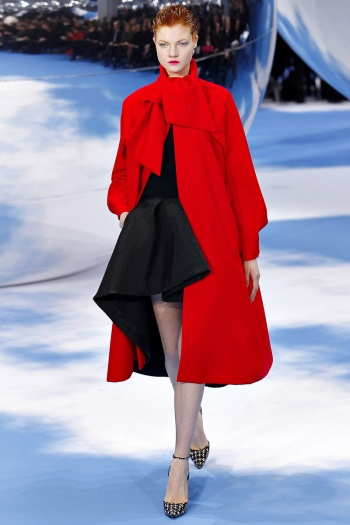 Christian Dior Fall 2013 Runway picture from vogue.com