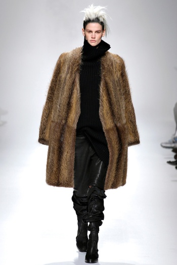 Haider Ackermann Fall 2013 Runway picture from vogue.com