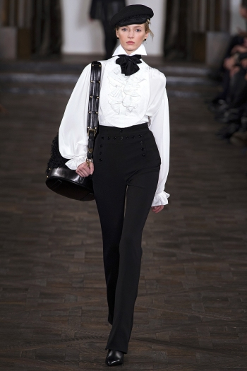 Ralph Lauren Fall 2013 Runway picture from vogue.com