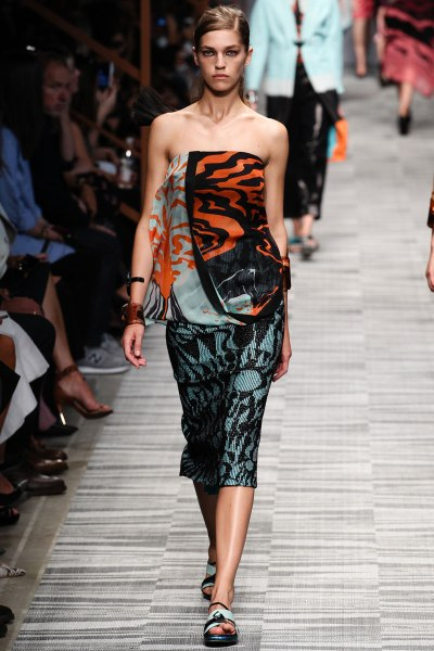 Missoni Spring 2014 Runway picture from vogue.com
