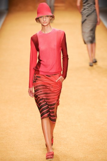 Akris Spring 2014 Runway picture from vogue.com