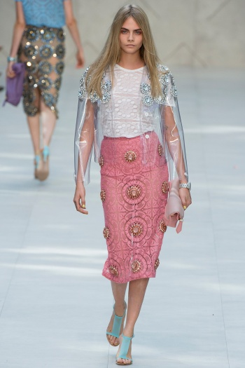Burberry Prorsum Spring 2014 Runway picture from vogue.com