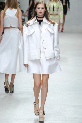 Carven Spring 2014 Runway picture from vogue.com