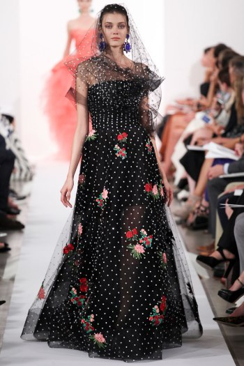 Oscar de la Renata Spring 2014 Runway picture from vogue.com