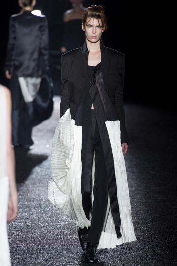 Haider Ackermann Spring 2014 Runway picture from vogue.com
