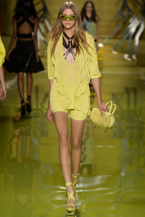 Versace Spring 2014 Runway picture from vogue.com