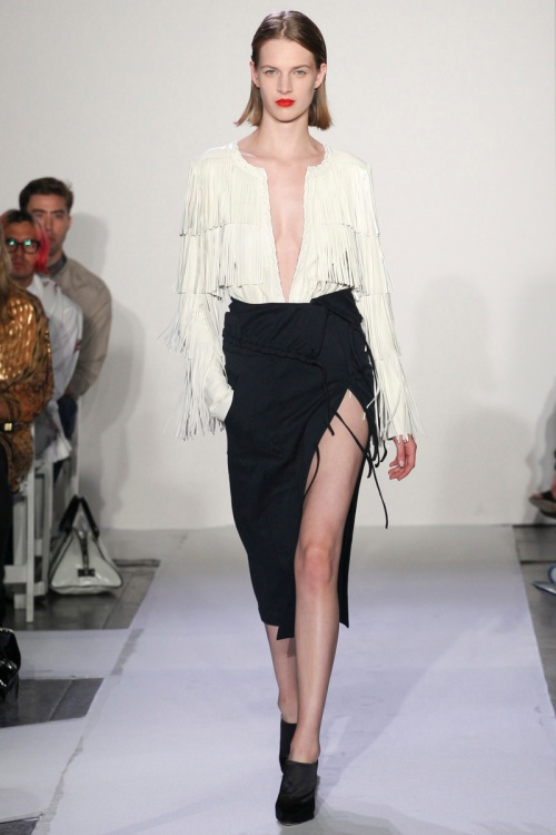 Altuzarra Spring 2014 Runway picture from vogue.com