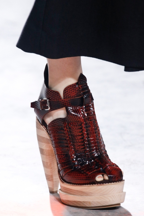 Proenza Schouler Spring 2014 Runway picture from vogue.com