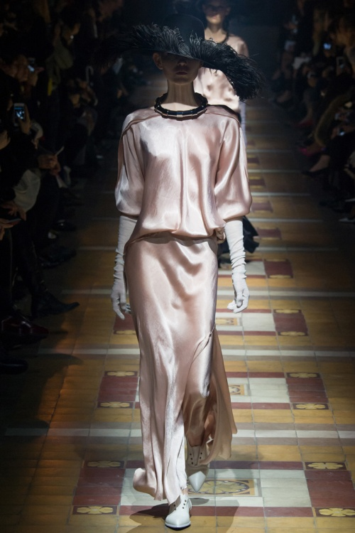 Lanvin Spring 2014 Runway picture from vogue.com