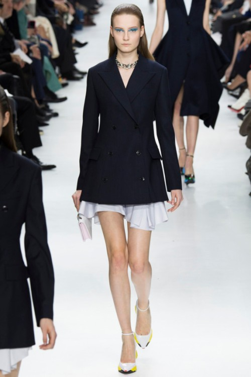 Christian Dior Fall Runway picture from vogue.com