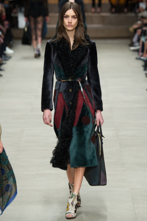 Burberry Prorsum Fall 2014 Runway picture from vogue.com