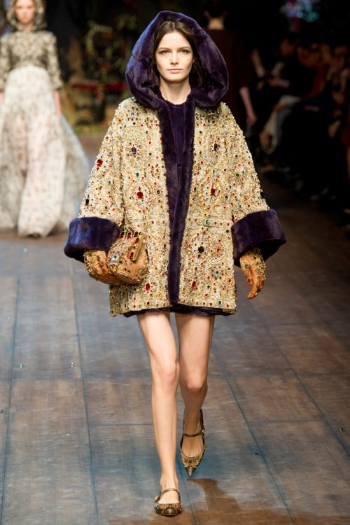 Dolce and Gabbana Fall 2014 Runway picture via vogue