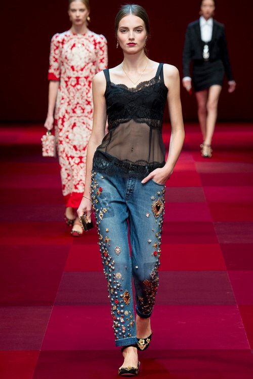 Dolce and Gabbana Spring 2015 Runway picture via vogue