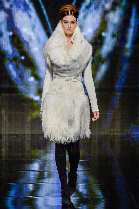 Donna Karan Fall 2014 Runway picture via vogue