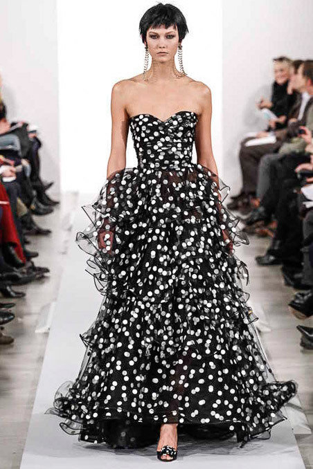 Oscar de la Renta Fall 2014 Runway picture via vogue