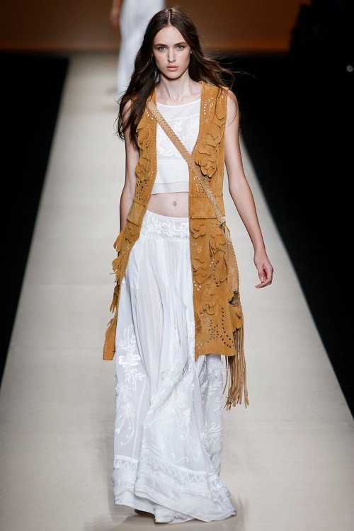 Alberta Ferretti Spring 2015 Runway picture via vogue